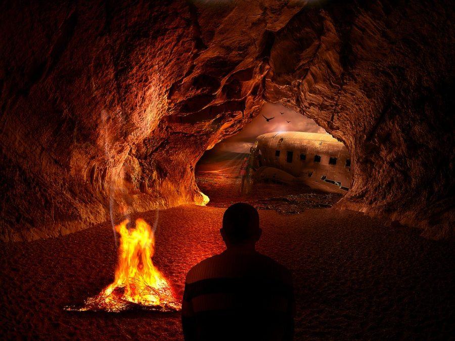 spanie w jaskini