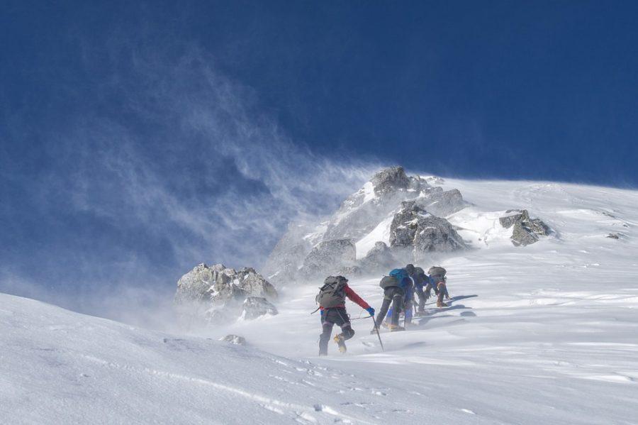 Jak spakować się i przetrwać w górach? Aplikacja pomoże w pakowaniu