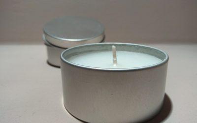 Jak się chronić przed komarami? Czy świeczki odstraszające owady działają?